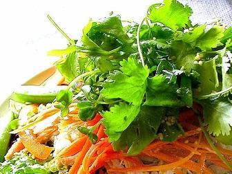 Морковный салат с проростками