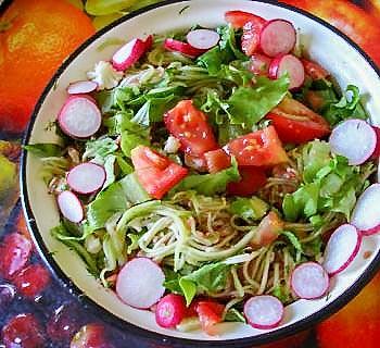 Овощные спагетти с овощами